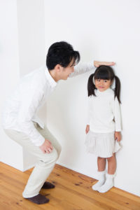 measuring child's height